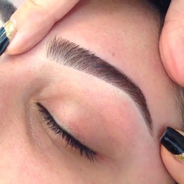 Eyebrows Amalia Day Spa